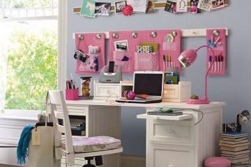 Ako spravovať priestor nad pracovným stolom?
